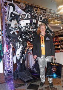 Vor dem Transformer-Kostüm.